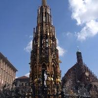 Das Foto wurde bei Schöner Brunnen von Ricardo v. am 4/13/2012 aufgenommen