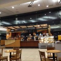 Foto diambil di Starbucks oleh GUstavo S. pada 7/26/2012