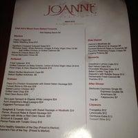Foto tirada no(a) Joanne Trattoria por James M. em 3/22/2012