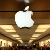 Photo taken at Apple Pacific Centre by Sito Alvina .. on 6/24/2011