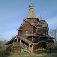 Das Foto wurde bei Музей деревянного зодчества «Витославлицы» von Dmitry R. am 11/6/2011 aufgenommen