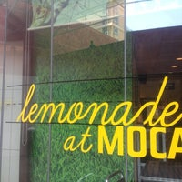 Photo taken at Lemonade MOCA by Carlos A. on 5/12/2012