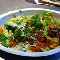 Photo taken at Chipotle Mexican Grill by Shiela S. on 5/30/2011