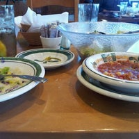 Photo taken at Olive Garden by Dennis L. on 12/1/2011