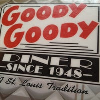 Photo taken at Connelly's Goody Goody Diner by Stl Ruff Ryder D. on 12/2/2011