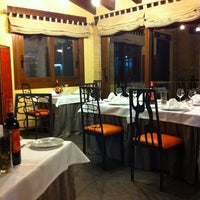 Foto scattata a Restaurante Cueva Reina da Oliver G. il 3/26/2011