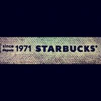 Photo taken at Starbucks by Taguro I. on 12/3/2011