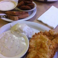 Photo prise au Bic's Restaurant par Brandy W. le7/11/2012