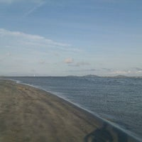 Foto tirada no(a) Pantai Mersing por GameMythh F. em 1/29/2012