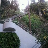 Das Foto wurde bei Filbert Steps von Stephane D. am 1/5/2012 aufgenommen