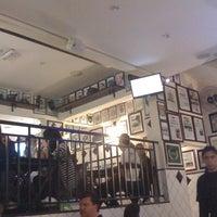 Foto tirada no(a) Legítimo Bar por Giuliano E. em 9/11/2011