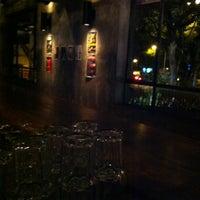 Photo prise au KPO Cafe Bar par Daisuke S. le8/9/2012