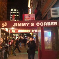 Photo prise au Jimmy's Corner par Corey S. le2/5/2012