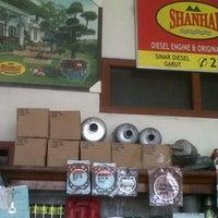 Photo taken at Tk Sinar Diesel by ibrahim r. on 10/10/2011