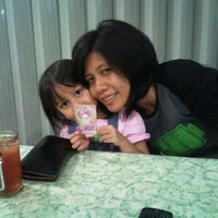 Photo taken at Seafood45 by Hendra R. on 11/6/2011
