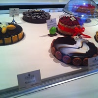Photo taken at Pâtisserie Amoud by Leïla A. on 6/16/2012