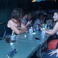 8/22/2011 tarihinde Jamar K.ziyaretçi tarafından Fox and Hounds Lounge'de çekilen fotoğraf