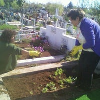 Photo taken at Cementerio de Victoria by Pedro G. on 10/8/2011