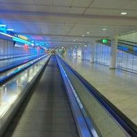 Das Foto wurde bei Terminal 1 von Marko A. am 10/31/2011 aufgenommen