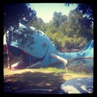 7/28/2012 tarihinde Leanne S.ziyaretçi tarafından Blue Whale'de çekilen fotoğraf