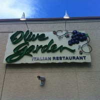 Photo taken at Olive Garden by Milt S. on 7/10/2012