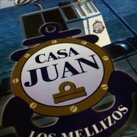 Foto tomada en Casa Juan - Los Mellizos por Gustavo F. el 2/1/2012