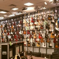 Photo taken at Guitar Center by Spenker A. on 9/27/2011