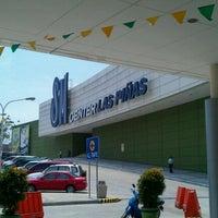 Photo taken at SM Center Las Piñas by Ervin M. on 4/3/2011