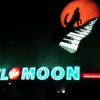 Photo taken at Howl At The Moon by Zondria J. on 3/24/2012