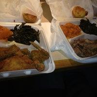 Das Foto wurde bei MacArthur's Restaurant von paige k. am 5/6/2012 aufgenommen