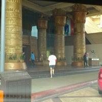 Foto scattata a Sunway Pyramid da Alma R. il 5/4/2012