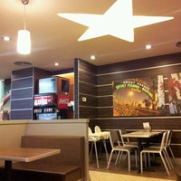 Photo taken at Carl's Jr. by Cenk T. on 12/11/2011