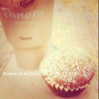 Foto tomada en Panera Bread por Samantha O. el 2/10/2012