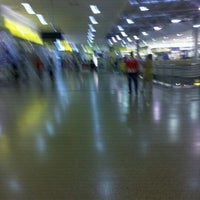Photo taken at Centro Comercial Éxito 51B by Zully R. on 8/18/2012