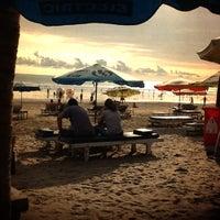 Das Foto wurde bei Seaside von Deny W. am 4/22/2012 aufgenommen