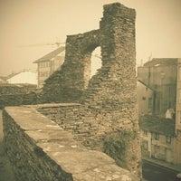 Foto tomada en Muralla Romana por Alberto C. el 1/16/2012