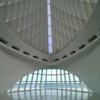 Photo taken at Milwaukee Art Museum by Anne H. on 5/2/2012