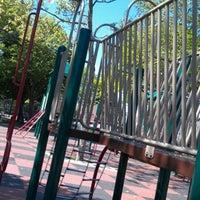5/20/2012에 Jeff K.님이 79th St Playground에서 찍은 사진