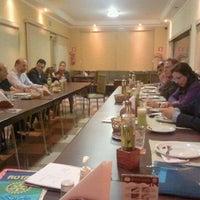 Photo taken at Famíglia Moretti by Pedro R. on 7/31/2012