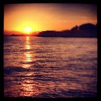 Снимок сделан в Golden Gate Yacht Club пользователем chuckdafonk F. 9/7/2012