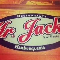 Foto diambil di Mr. Jack's oleh Beh Q. pada 4/21/2012