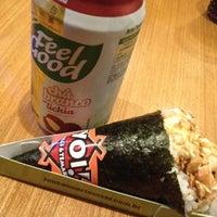 Foto tirada no(a) Yoi! Roll's & Temaki por Carol G. em 9/1/2012