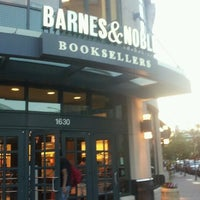 Photo taken at Barnes & Noble by Matthew H. on 6/16/2012