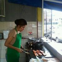 Photo taken at Tacos Los Hueros by Rosario P. on 7/14/2012