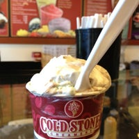 Photo taken at Cold Stone Creamery by Eliana G. on 8/20/2012