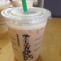 Photo taken at Starbucks by FAlRasheed on 9/7/2012