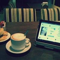 Foto tomada en Tienda de Café por Andrés C. el 2/19/2012