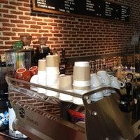 Снимок сделан в Pacamara Boutique Coffee Roasters пользователем Minkki T. 3/18/2012