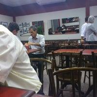 Foto tirada no(a) Bom Senso Café por Edson em 7/26/2012