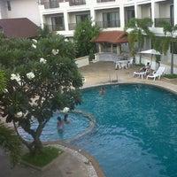 Photo taken at President Hotel by Pingof Z. on 8/27/2012